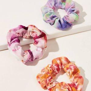 ✨HP✨NEW Tie Dye Scrunchies